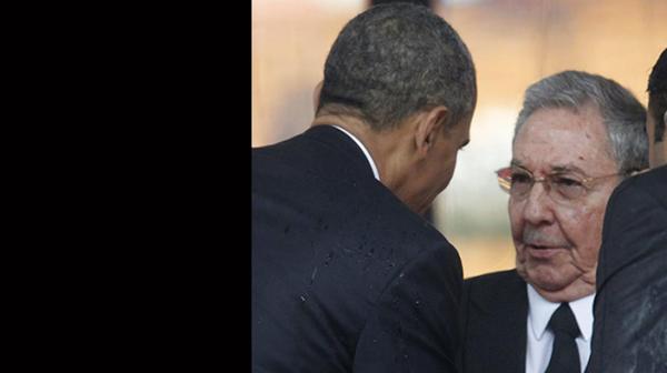 RaAl-Castro-Barack-Obama_CYMIMA20141217_0008_14
